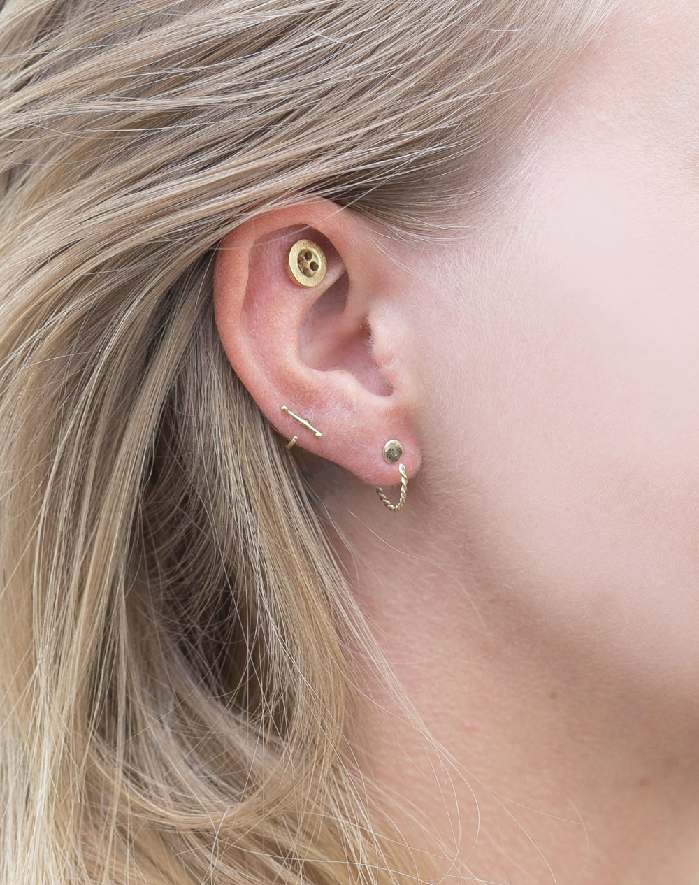 earring gold 14k button helix everyday