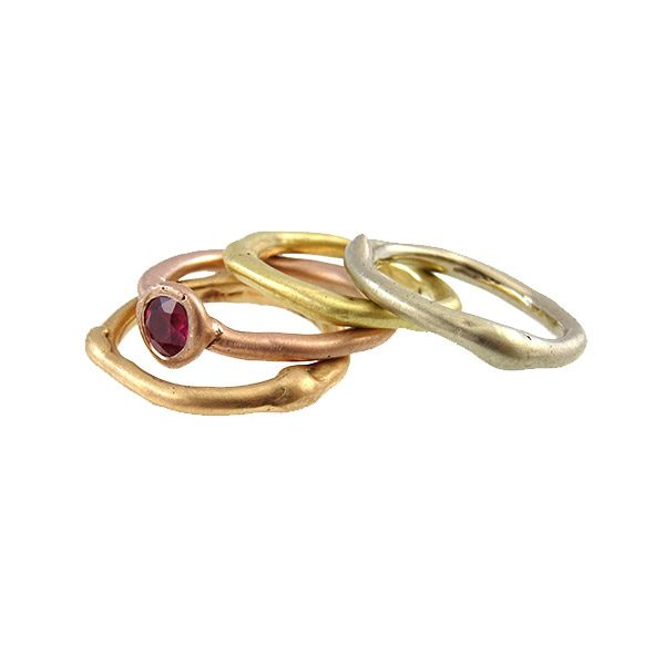 ring-14k-gold-curvy-white-red-rose-yellow-ruby-nobbon