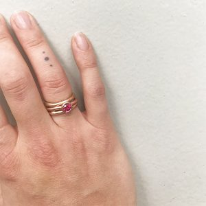 ring-14k-ruby-red-rose-robijn-nobbon